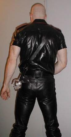 Show Metalbond your cuffs