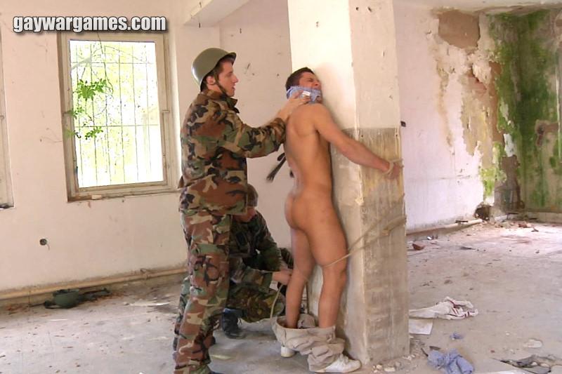 Gay_war_games_05