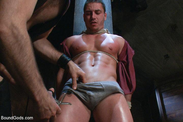 Horny gay guy gets bondaged banged