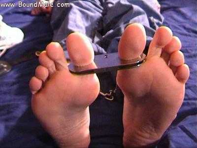 toe cuffed MetalbondNYC 03