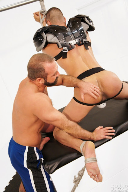 BoundJocks_09