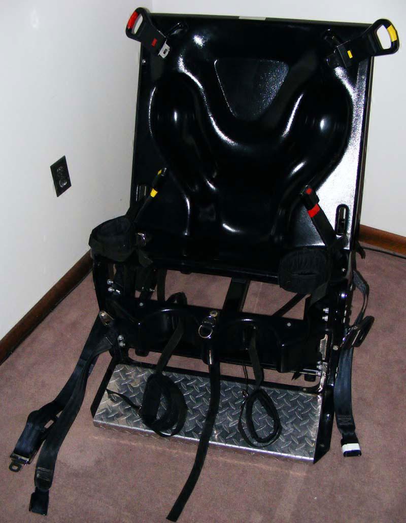 Restraint_Chair_03