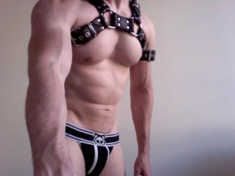 MetalbondNYC_leatherHarness_11