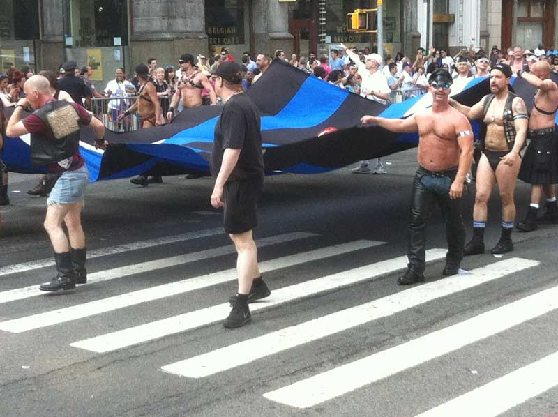 01_MetalbondNYC_GayPride2014_leather