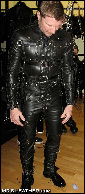 MetalbondNYC_leather_05