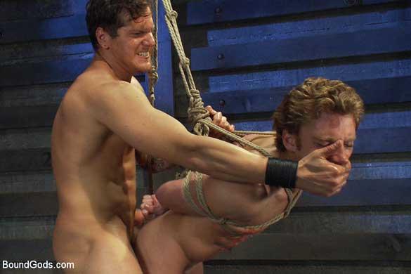 parker london beats sebastian keys into submission