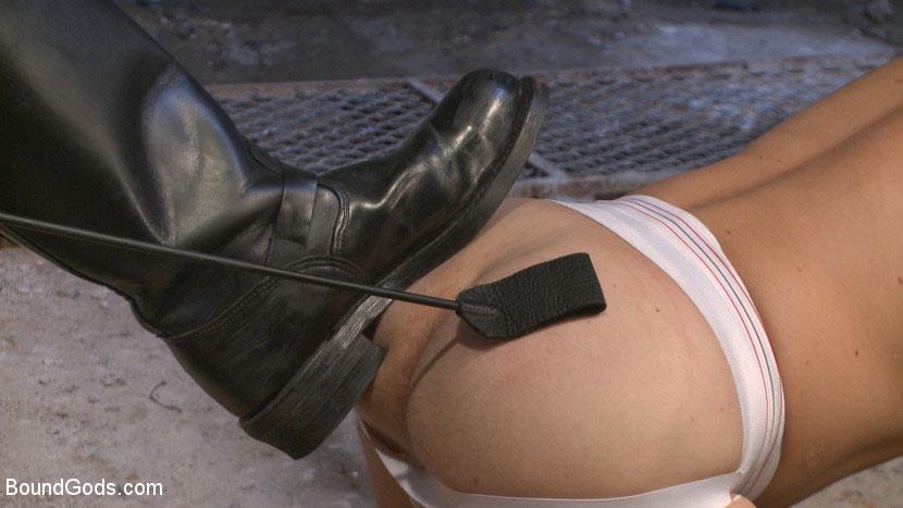 MetalbondNYC_Gay_Male_Bondage_38950_0