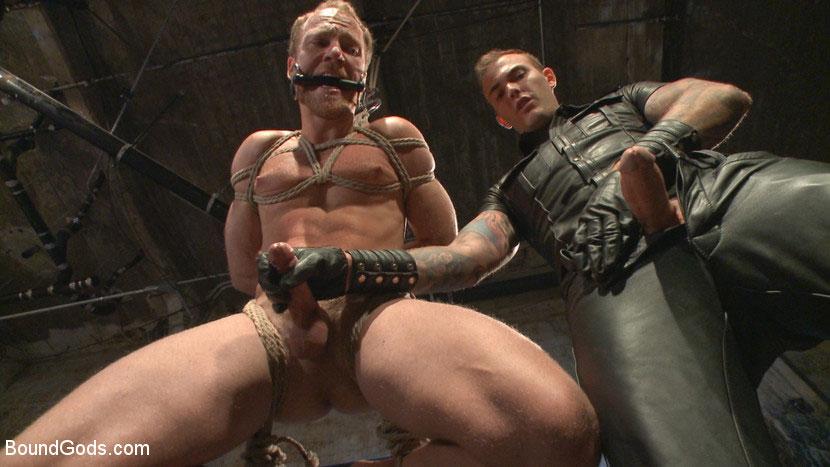 MetalbondNYC_Gay_Male_Bondage_38950_5