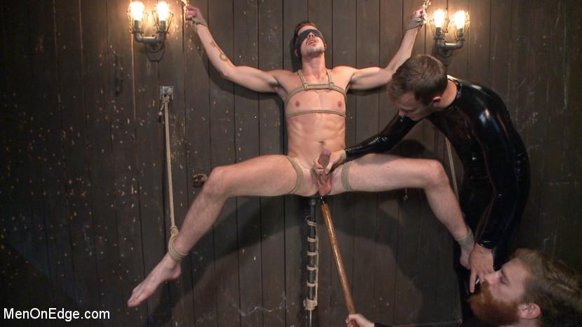 MetalbondNYC_Gay_Male_Bondage_39082_11