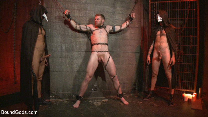 MetalbondNYC_gay_male_bondage_39078_0