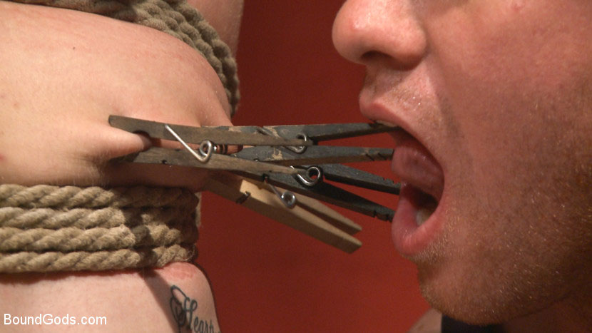 MetalbondNYC_gay_male_bondage_main_39081_6