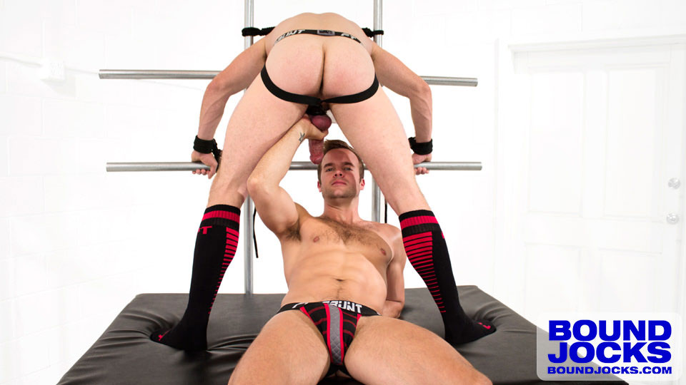 MetalbondNYC_gay_male_bondage_bound_jocks_02