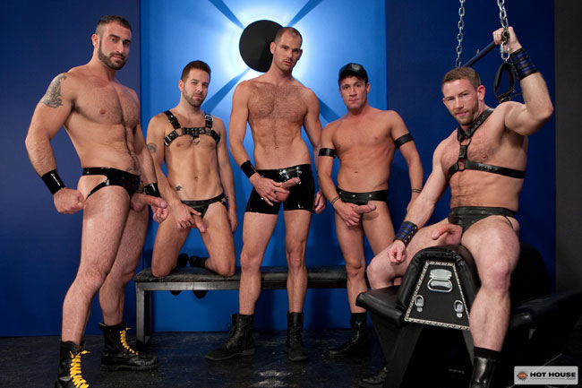 MetalbondNYC_gay_male_bondage_hot_house_last