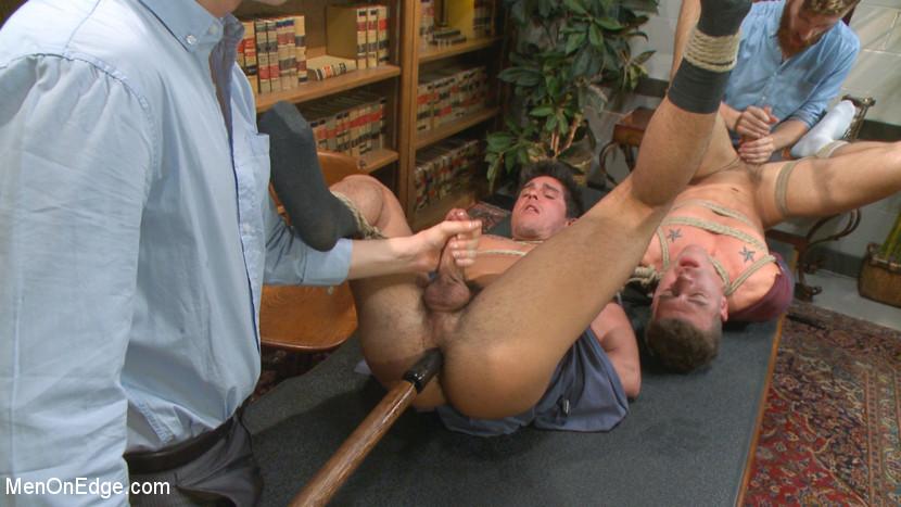 MetalbondNYC_gay_male_bondage_men_on_edge_03