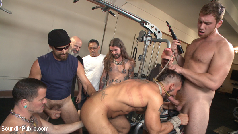MetalbondNYC_Bound_in_Public_gay_bondage_01