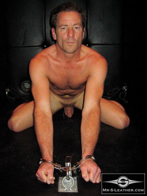 MetalbondNYC_gay_male_bondage_Mr_S_05