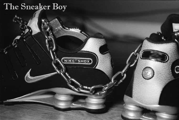 MetalbondNYC_gay_male_bondage_Sneaker_Boy_02