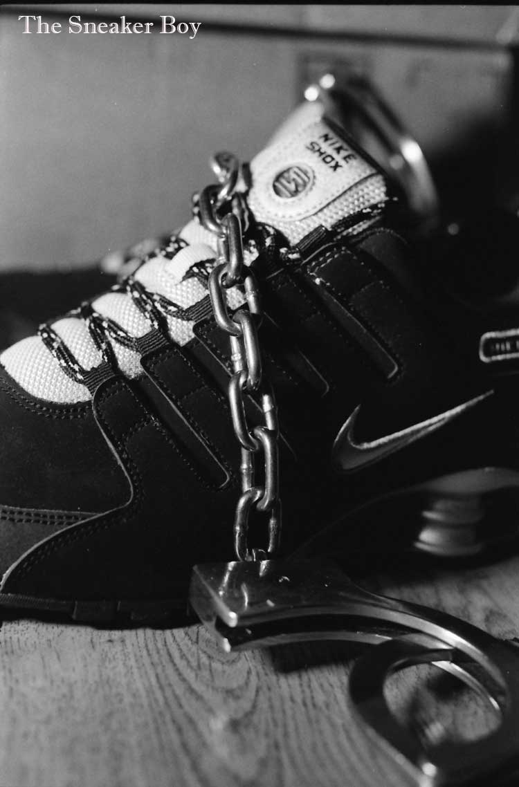 MetalbondNYC_gay_male_bondage_Sneaker_Boy_03