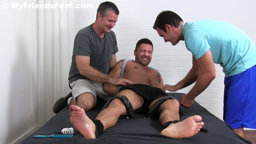 Dominic_Pacifico_tickled_gay_bondage_01