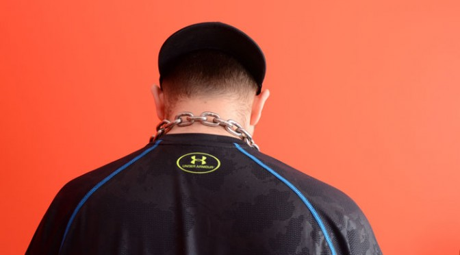 Chain collared