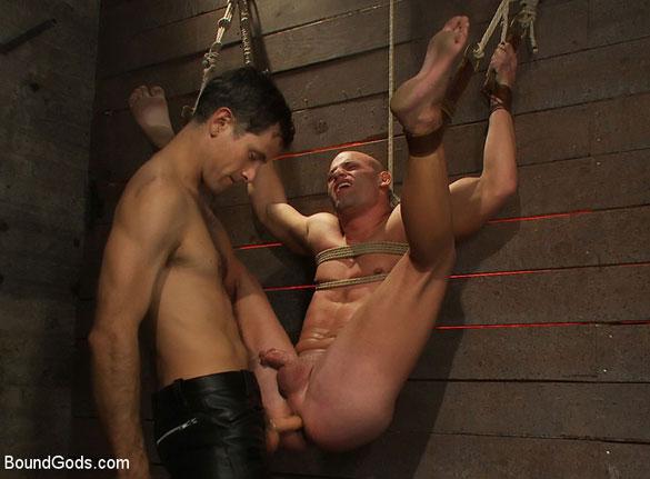 Christian_Patrick_Master_Avery_Patrick_Rouge_gay_bondage_05