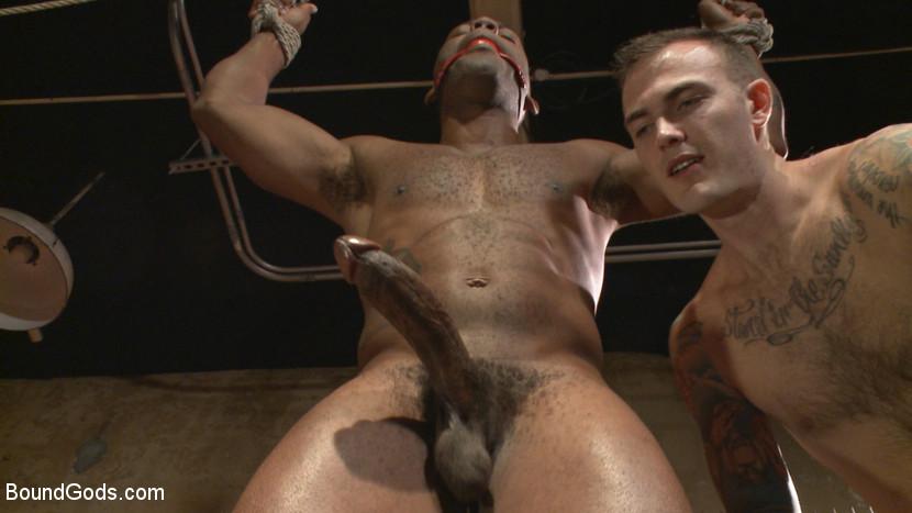 Christian_Wilde_gay_bondage_04