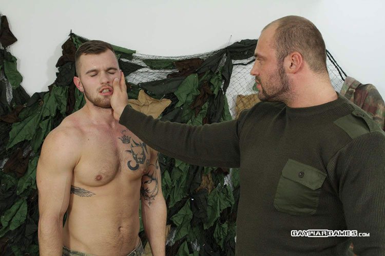 Soldier_Matthew_gay_bondage_05