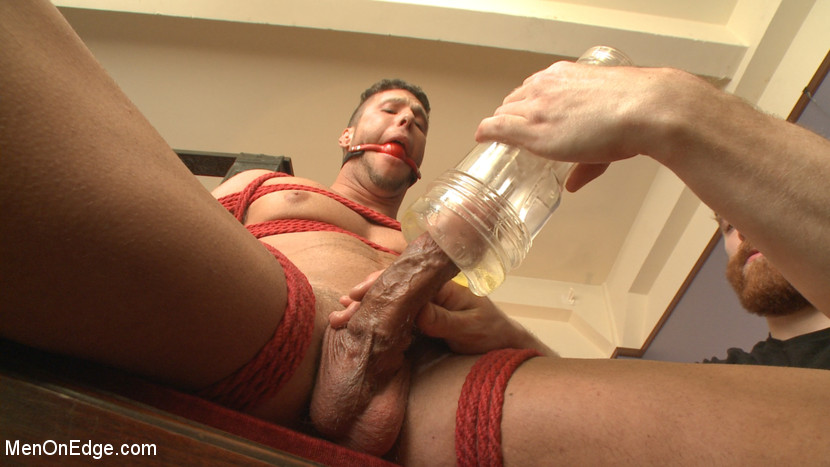 Rod_Peterson_gay_bondage_02