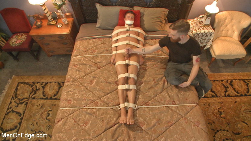 Rod_Peterson_gay_bondage_03