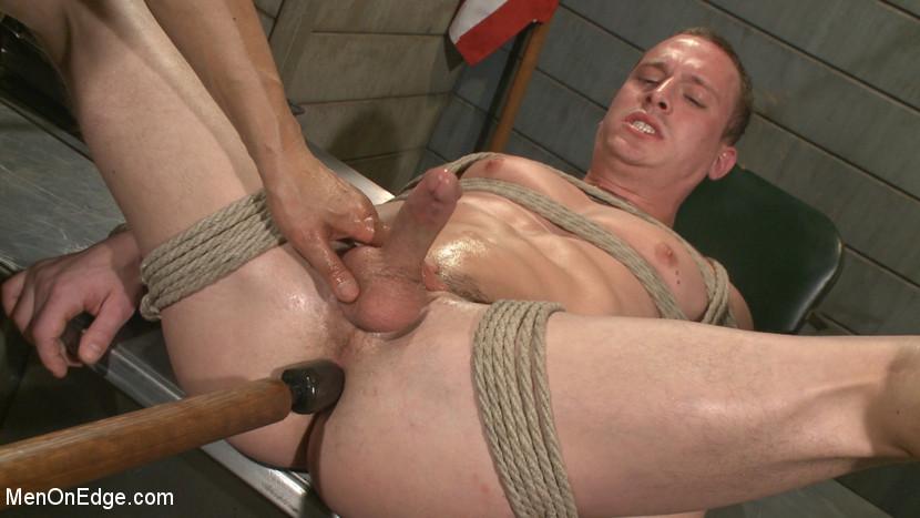 Tommy_Regan_gay_bondage_06