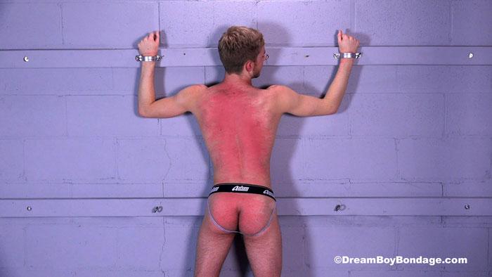 Dream_Boy_Bondage_Logan_Jared_04