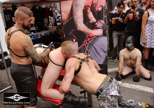 MetalbondNYC_gay_male_bondage_butt_pride_02
