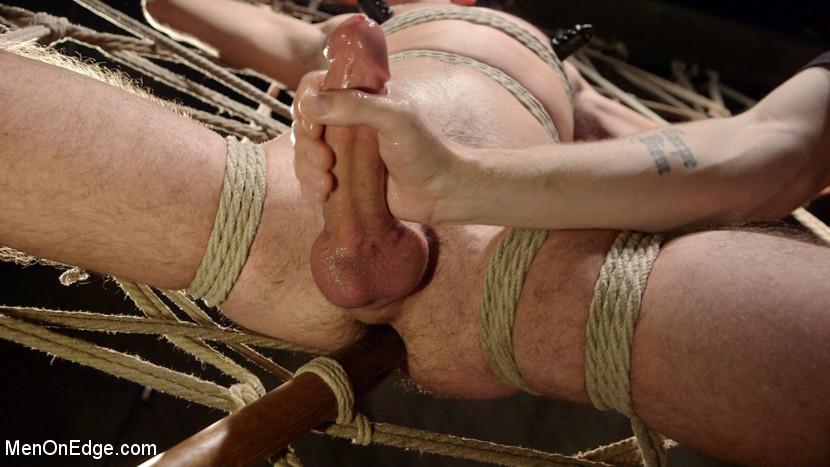Scott_DeMarco_gay_bondage_03