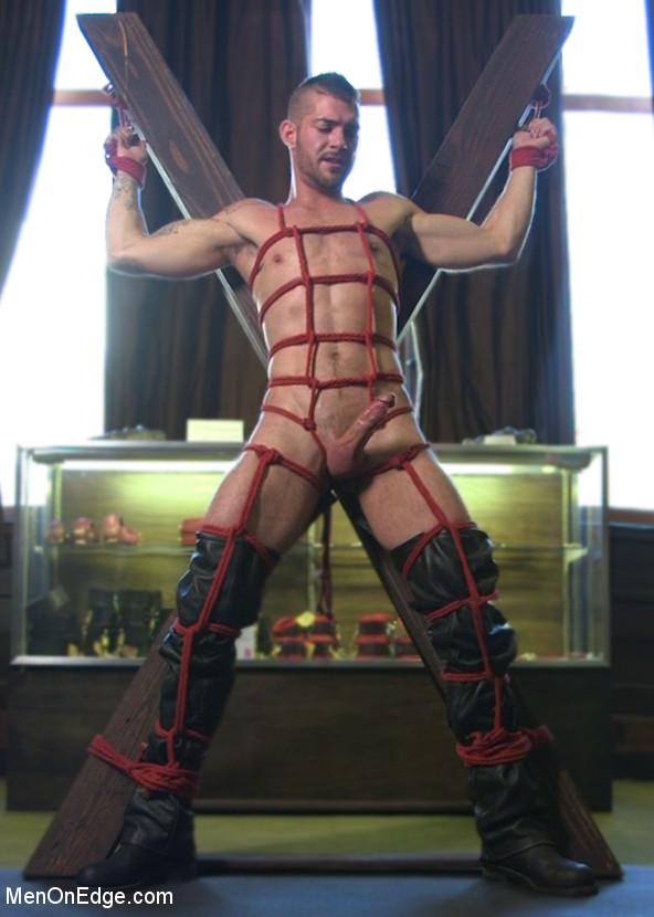 Tryp_Bates_gay_bondage_01