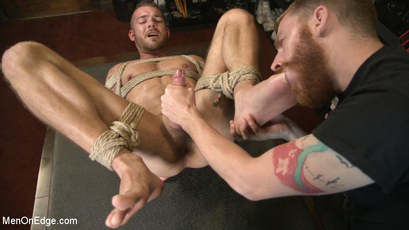 Tryp_Bates_gay_bondage_04