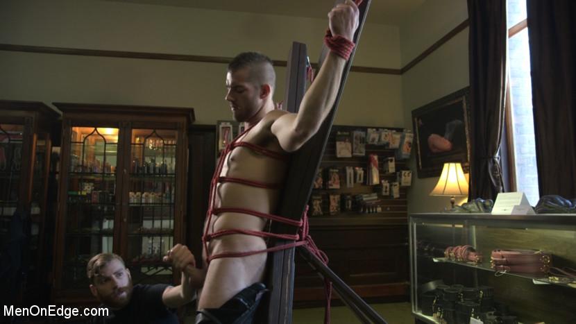 Tryp_Bates_gay_bondage_07