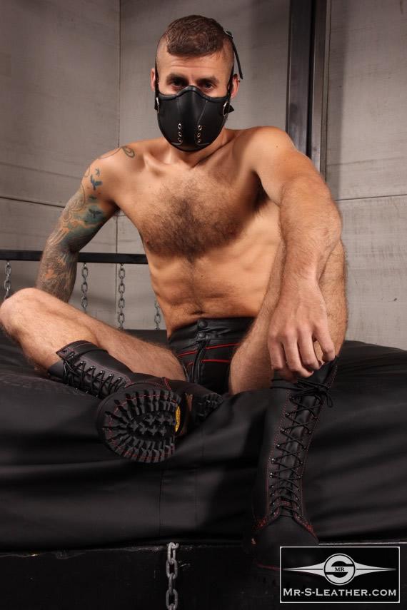 Gay_Bondage_Mercenary_Muzzle_04