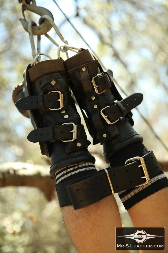 Gay_Bondage_Padded_Foot_Suspension_Stirrups_06