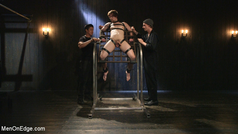 Gay_Bondage_Scotty_Zee_06