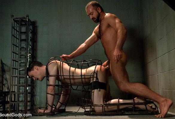 Josh_West_gay_bondage_03