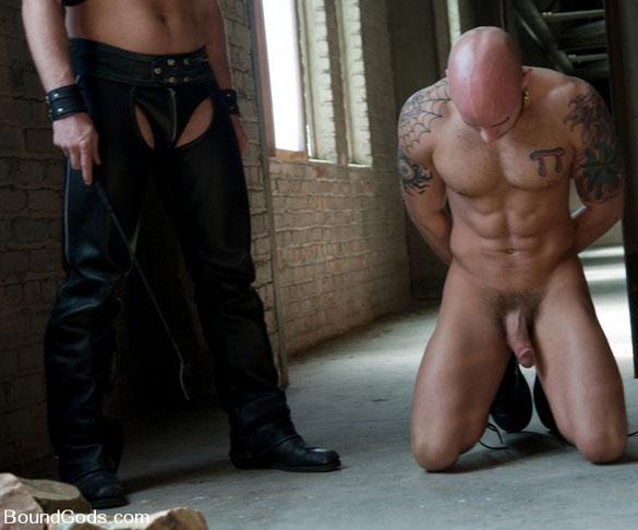 Tristan_Jaxx_Drake_Jaden_gay_bondage_08