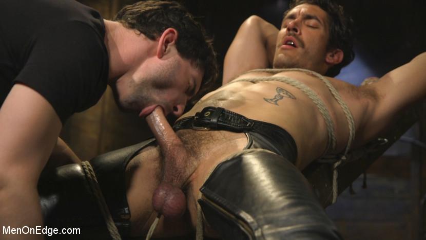 Dale_Cooper_and_Jackson_Fillmore_gay_bondage_04