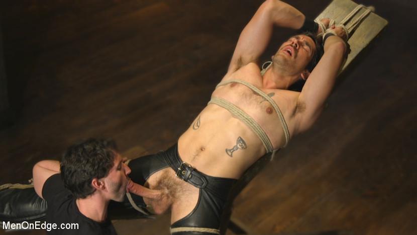 Dale_Cooper_and_Jackson_Fillmore_gay_bondage_09
