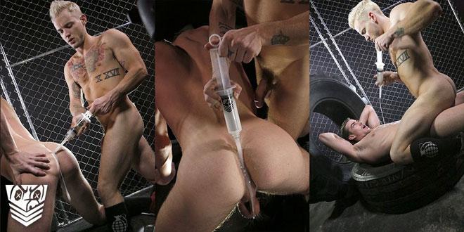 Fort_Troff_bondage_gear_MetalbondNYC_03