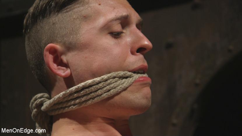Tyler_Rush_gay_bondage_05