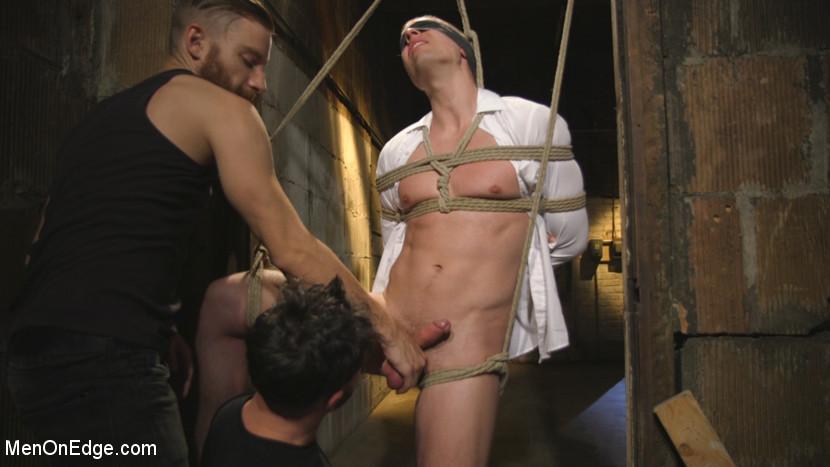 Tyler_Rush_gay_bondage_07