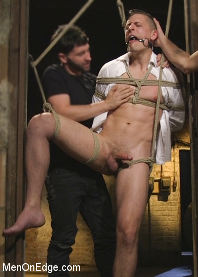 Tyler_Rush_gay_bondage_08