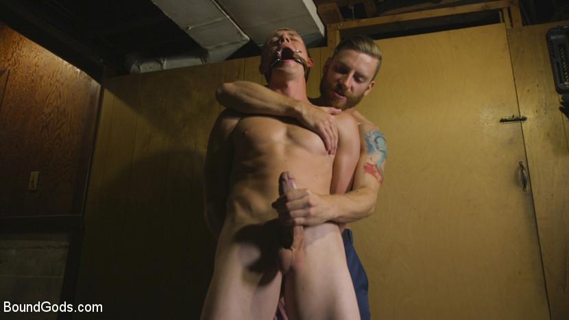 Zane_Anders_and_Sebastian_Keys_gay_bondage_06