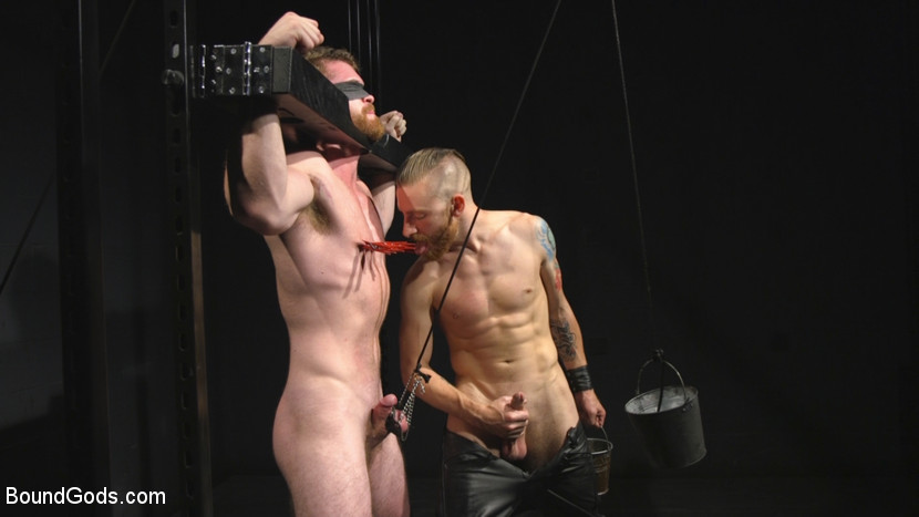 scott_ambrose_and_sebastian_keys_gay_bondage_07