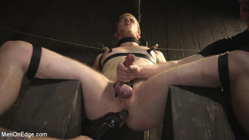 chris_pryce_gay_bondage_07